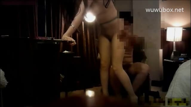 裤哥战高级爆乳模特巨乳姐姐38分钟无水印完整版